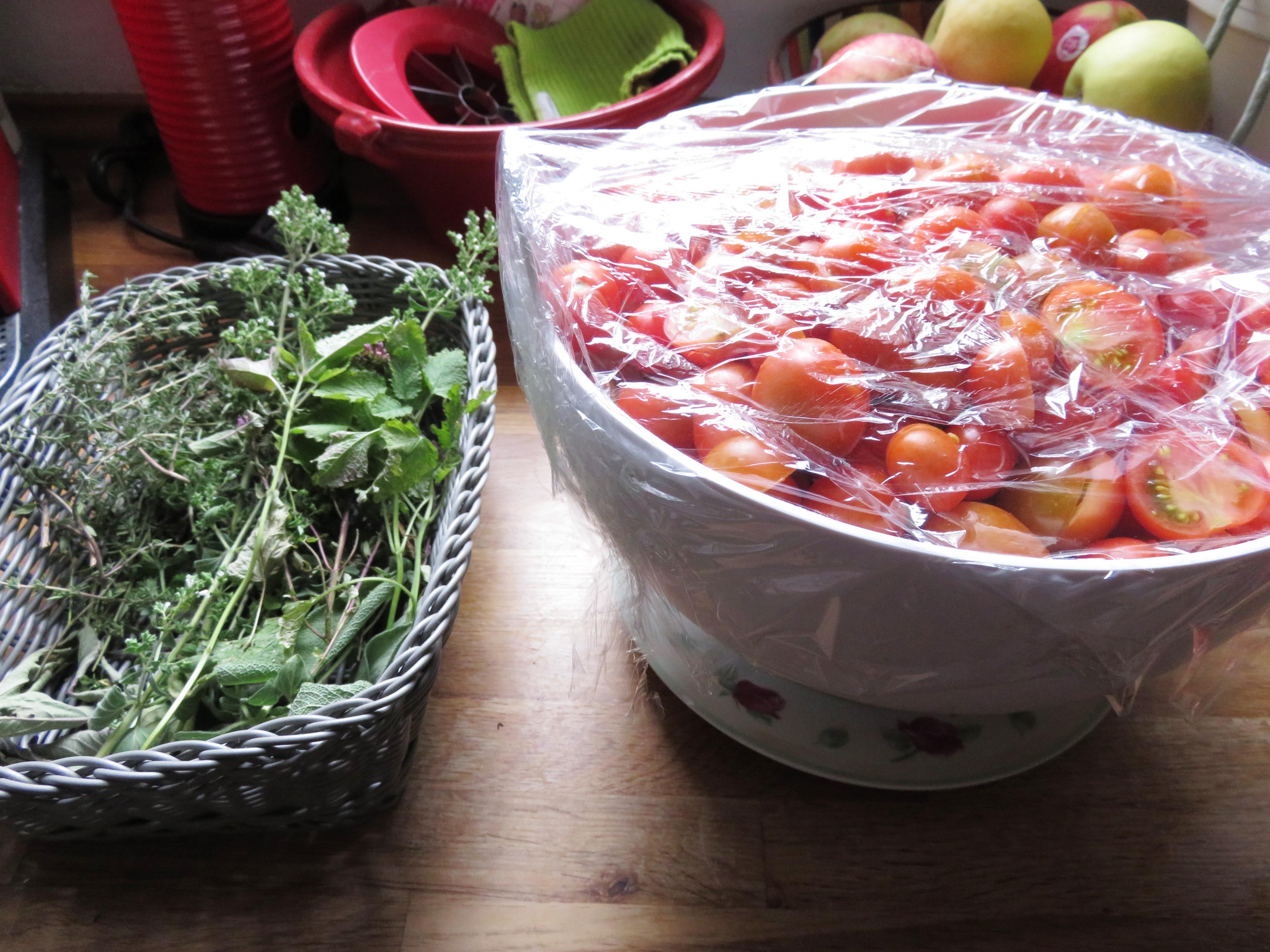 røde peberkorn i lage